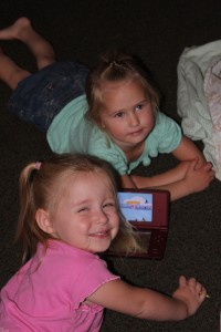 Savannah and McKenna playing the DSi